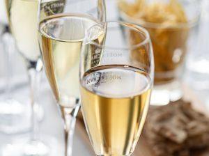 Champagneprovning för två