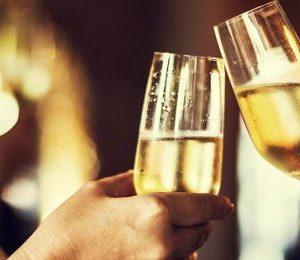 Champagneprovning för två + Bok