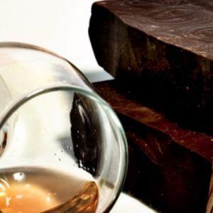 Rom- och chokladprovning för två