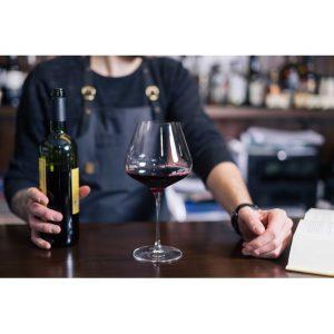 Vinprovning i Riedelglas för två